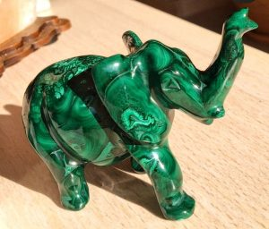 Kristal u obliku slona